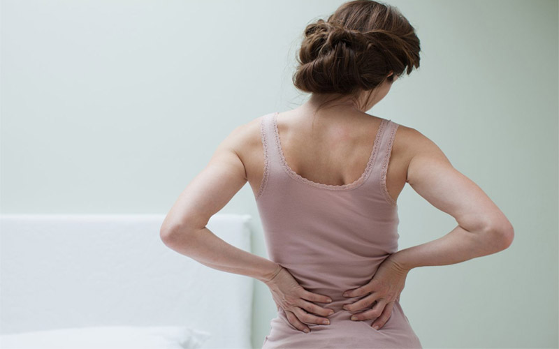 Comment soulager les maux de dos à la maison