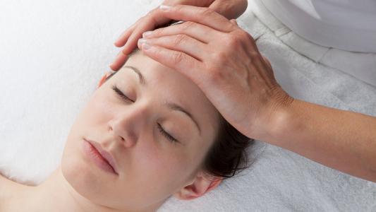 massage pour maux de tête