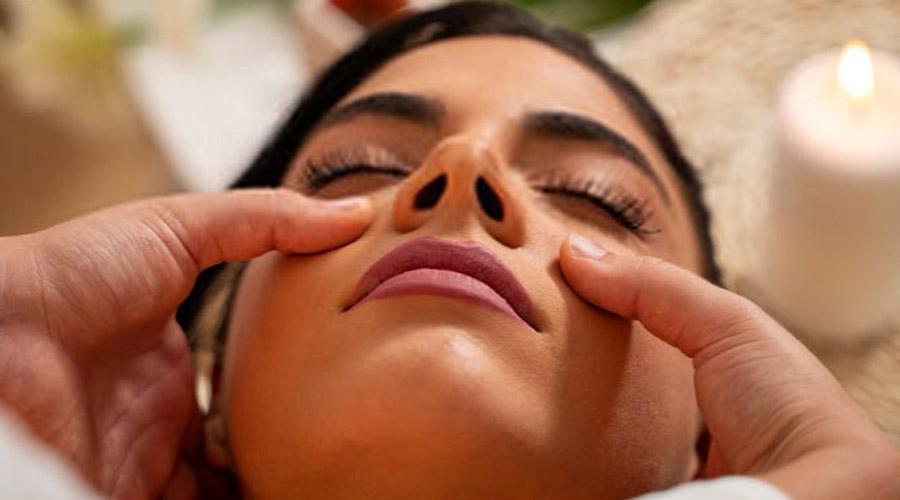 Sinusite et massage facial